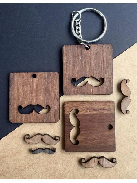 Moustache-AAWK01