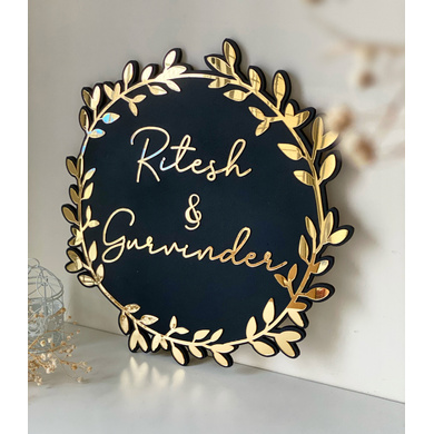 Black and Golden Classic Nameplate-WDNS08-2
