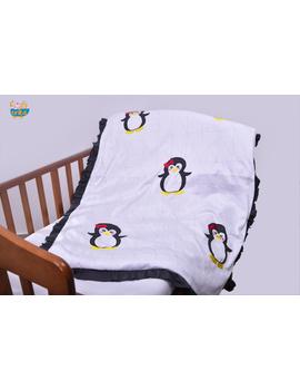 The Baby Penguin Quilt-Q035-sm