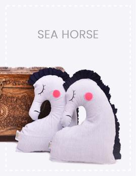 Sea Horse Cushion-CS0013-sm