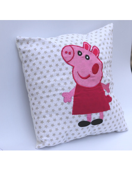 Peppa Cushion-2-sm