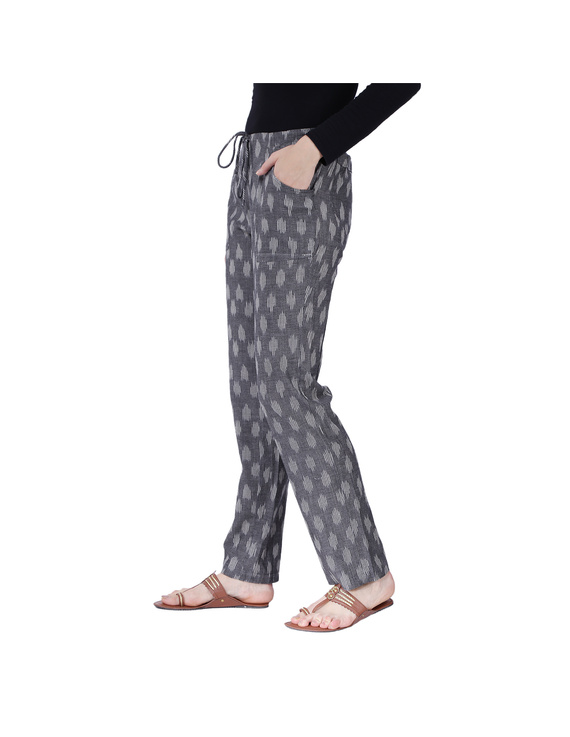 Grey Ikat Cotton Pants With Four Pockets: EP01A-L-2