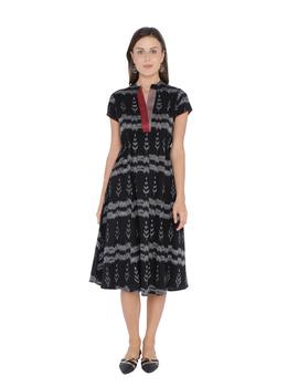 LEAF MOTIF BLACK IKAT A-LINE DRESS : LD350B-LD350B-M-sm