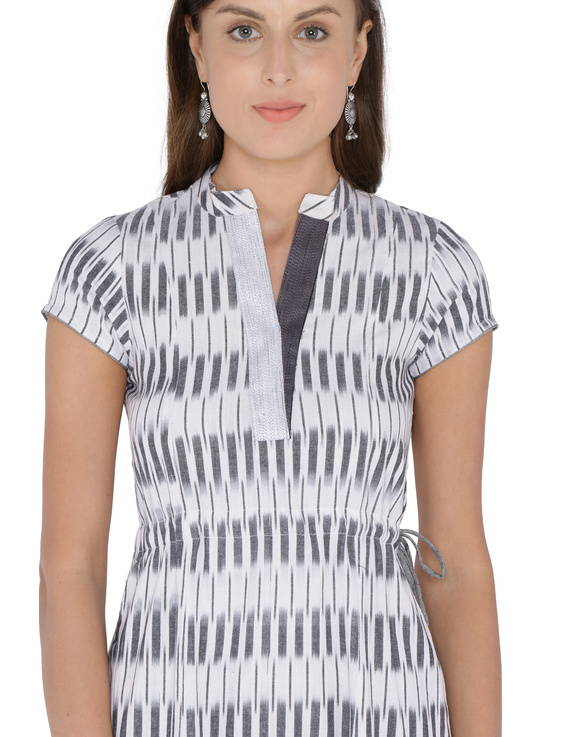 GREY AND WHITE IKAT A LINE DRESS : LD350C-L-1