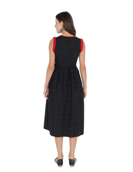 ANGARKHA DRESS IN BLACK IKAT COTTON FABRIC : LD420B-M-2-sm