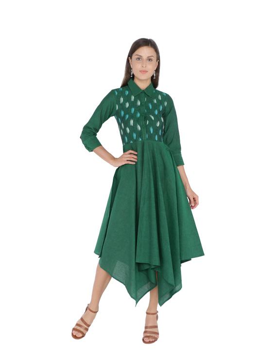 MANGALAGIRI COTTON DRESS IN EMERALD GREEN WITH AN IKAT YOKE : LD500B-LD500B-M
