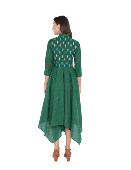 MANGALAGIRI COTTON DRESS IN EMERALD GREEN WITH AN IKAT YOKE : LD500B-M-2-sm