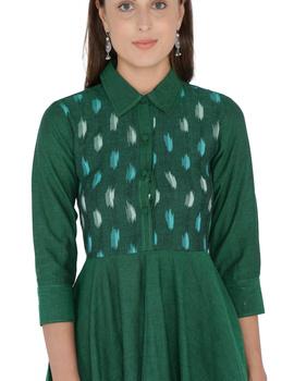 MANGALAGIRI COTTON DRESS IN EMERALD GREEN WITH AN IKAT YOKE : LD500B-L-1-sm
