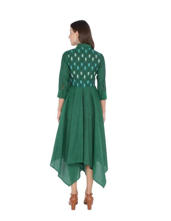 MANGALAGIRI COTTON DRESS IN EMERALD GREEN WITH AN IKAT YOKE : LD500B-L-2