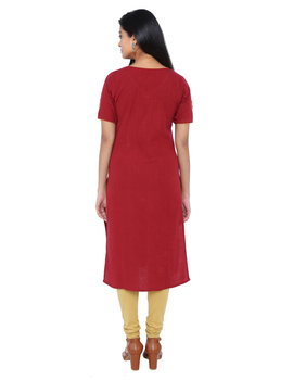 RED STRAIGHT KURTA WITH HAND EMBROIDERY: LK161B-M-2-sm