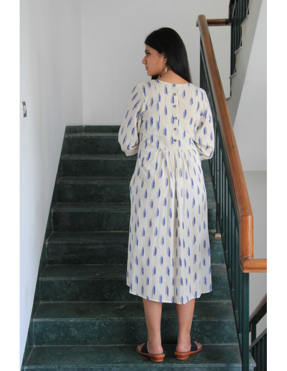 White ikat dress with embroidered yoke and fron pockets: LD530D-s-2
