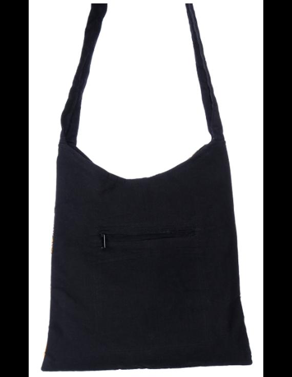 BLACK KALAMKARI SLING BAG WITH APPLIQUE PATTI: SBG01-2