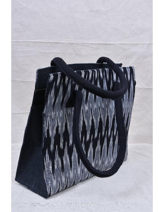 BLACK & GREY IKAT JUTE BOX BAG: TBJ02-1