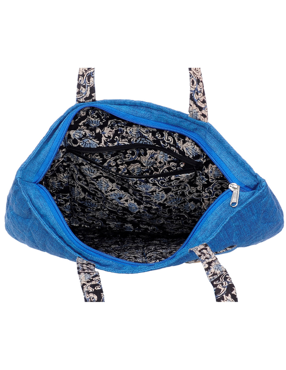 Cyan blue quilted flat bag : TBI02-1