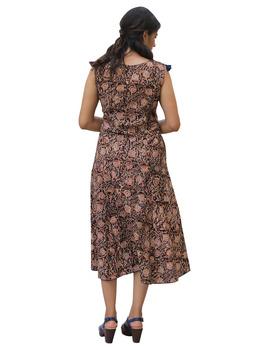 BROWN FLORAL KALAMKARI LONG DRESS WITH A BOAT NECK: LD480B-S-2-sm