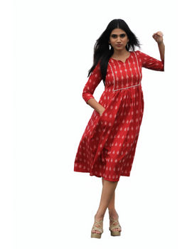 Red ikat dress with embroidered yoke and front pockets: LD530B-M-3-sm