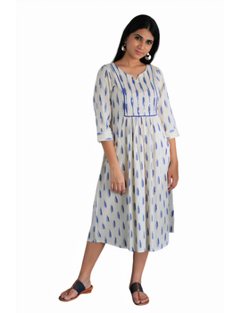 White ikat dress with embroidered yoke and fron pockets: LD530D-s-4-sm