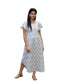 WHITE IKAT PLEATED DRESS WITH EMBROIDERED POCKETS AND YOKE: LD550C-S-2-sm