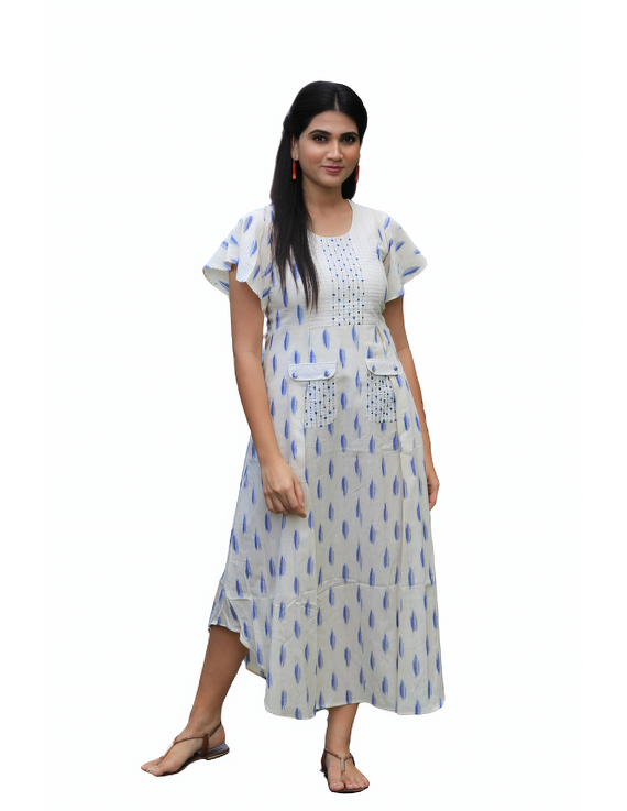WHITE IKAT PLEATED DRESS WITH EMBROIDERED POCKETS AND YOKE: LD550C-XL-3