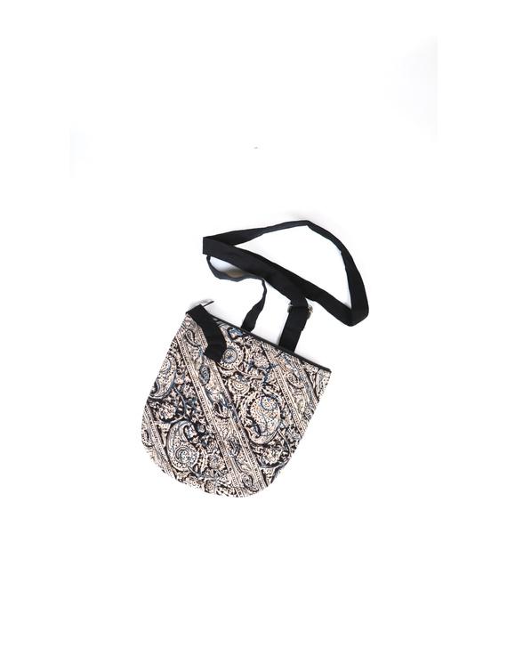 Black Sling bag : CPC02-2