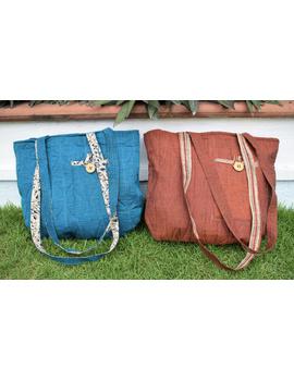 Cyan blue quilted flat bag : TBI02-4-sm