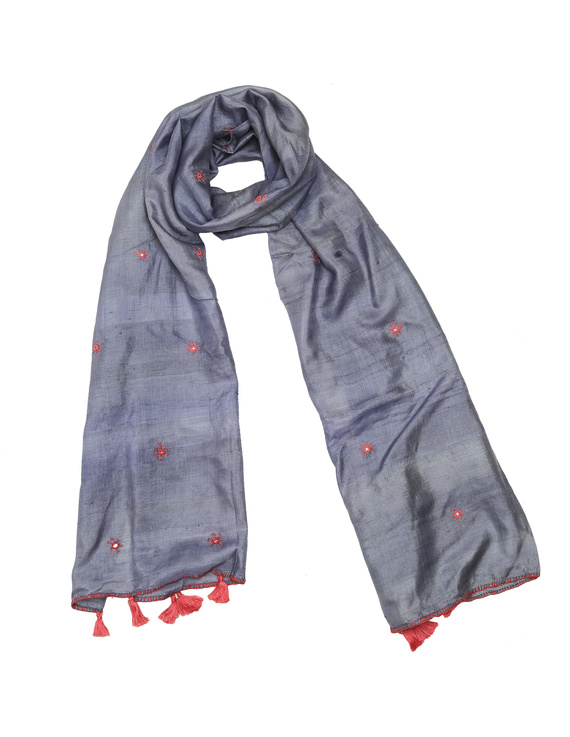 Hand embroidered stole in grey silk: WAS01D-WAS01D