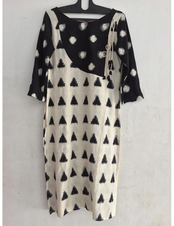 Striking kurta in double ikat fabric.-SK49