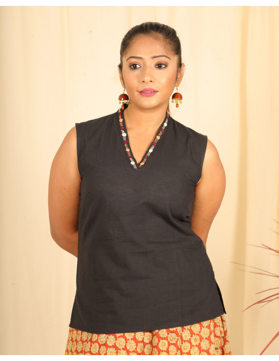 Black cotton short top with embroidered V neck-LB160C-LB160C-S