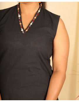 Black cotton short top with embroidered V neck-LB160C-S-1-sm