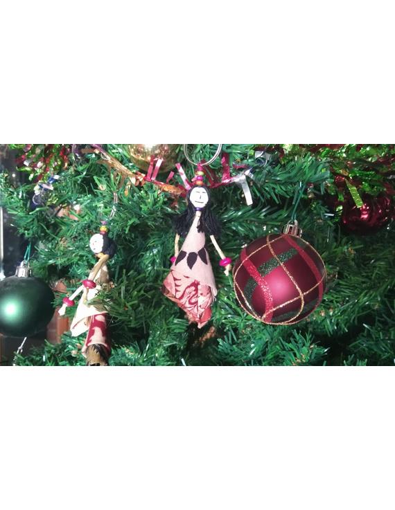 Karuna doll set of five small dolls-2