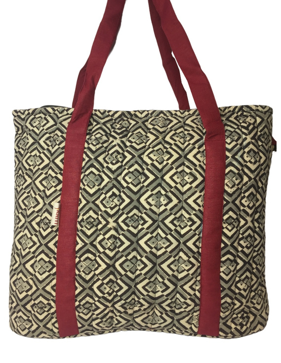 Black and grey kalamkari quilted laptop bag : LBK03-2