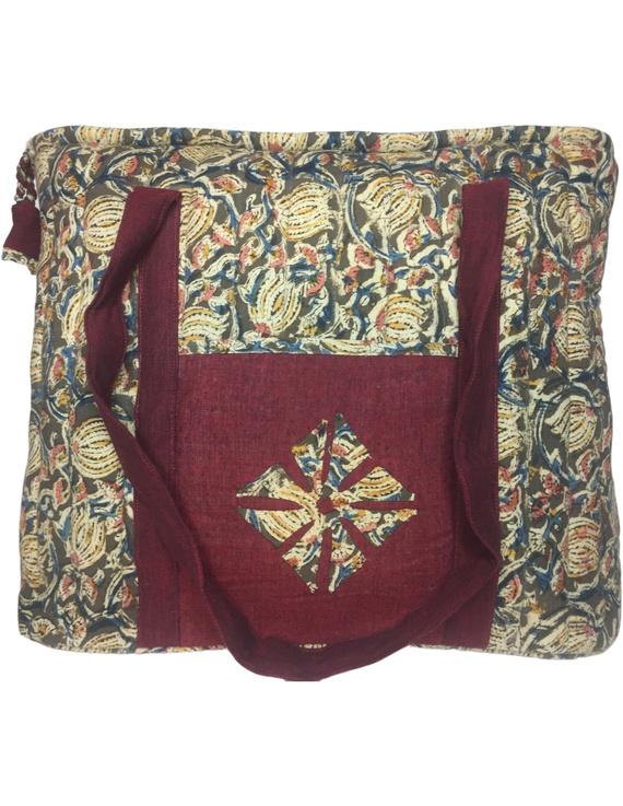 Green and maroon kalamkari quilted laptop bag : LBK04-1