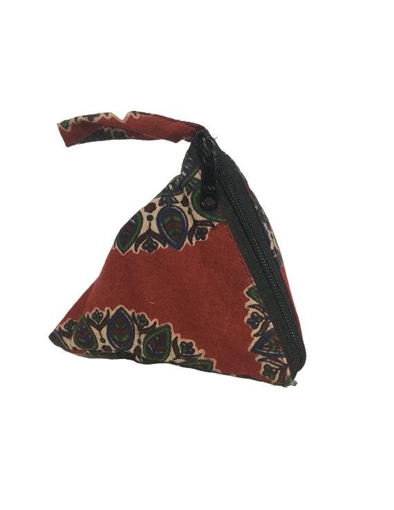 Small coin purse in block print fabric : MSC02-1