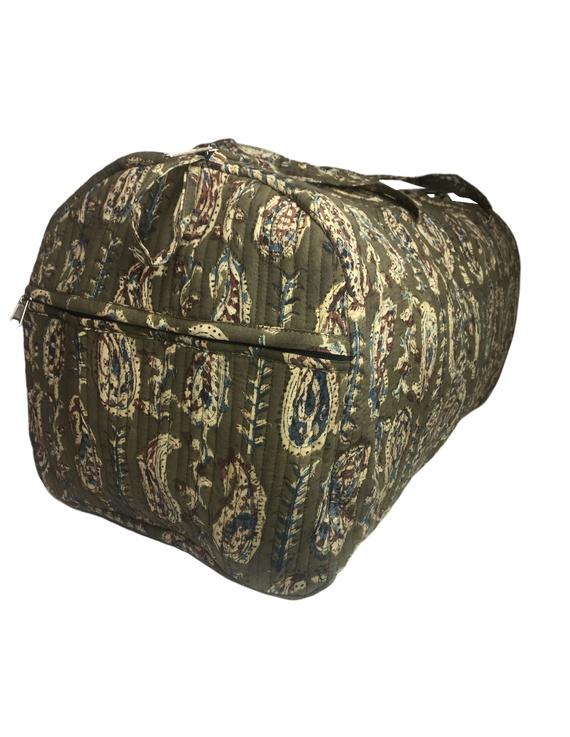Green kalamkari duffle bag : VBL02-2