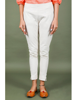 Cream cotton narrow pants with elasticated waist: EP02B-L-1-sm