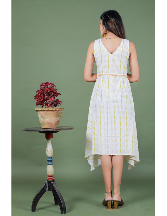 Sleeveless white ikat dress with embroidered belt:LD640A-S-5