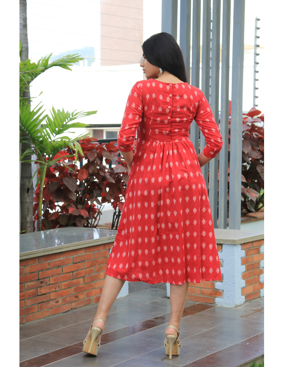Red ikat dress with embroidered yoke and front pockets: LD530B-M-4