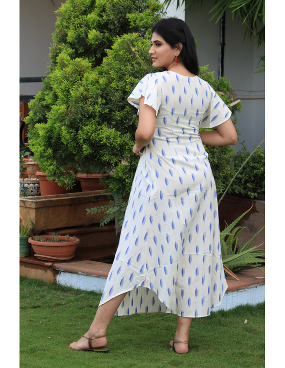 WHITE IKAT PLEATED DRESS WITH EMBROIDERED POCKETS AND YOKE: LD550C-S-3
