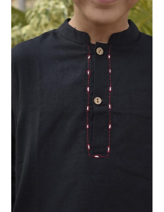 Boys short kurta in black mangalagiri cotton with handwork : KBK100C-8-9-2