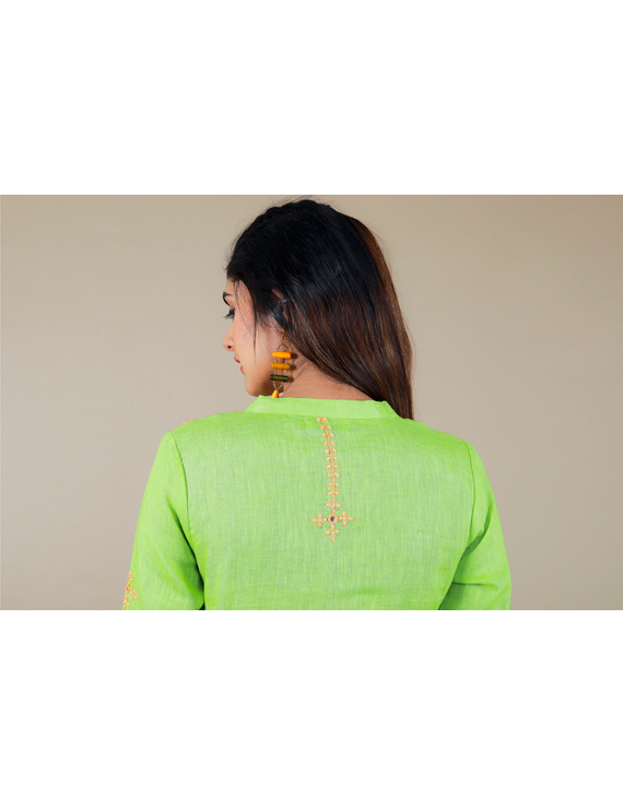 Banjara yoke kurta in mehendi green linen fabric-LK430B-S-1