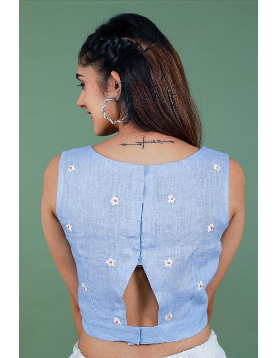 Sleeveless light blue linen blouse with back slit-RB09B-M-3