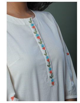 OFFWHITE TUNIC WITH EMBROIDERED PLACKET: LT130C-M-3-sm