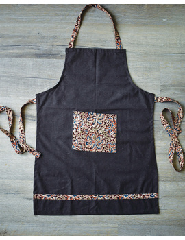 Apron, oven glove and pot holder set in brown cotton with kalamkari: HKL01A-1-sm
