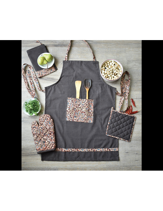 Apron, oven glove and pot holder set in brown cotton with kalamkari: HKL01A-5