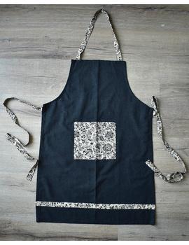 Apron, oven glove and pot holder set in black cotton with kalamkari: HKL01B-1-sm