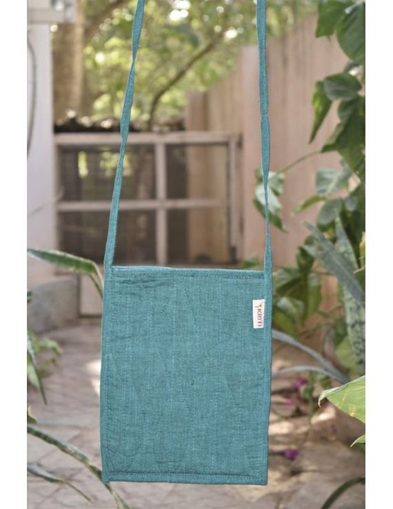 Green Mangalgiri sling bag : SBD04-1