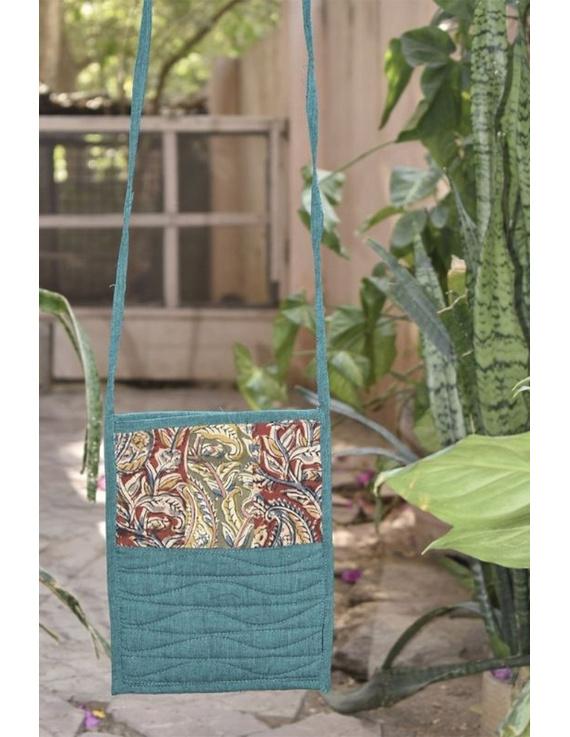 Green Mangalgiri sling bag : SBD04-SBD04