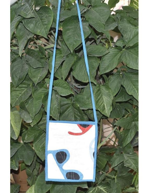 Blue and white Mangalgiri sling bag : SBD05-SBD05