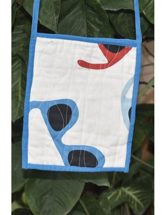 Blue and white Mangalgiri sling bag : SBD05-2