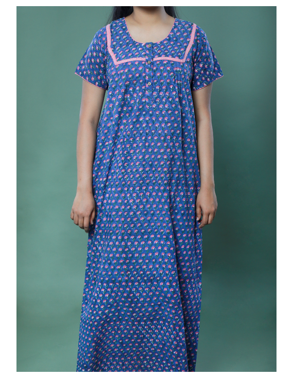 BLUE SANGANERI BLOCK PRINT EMBROIDERED NIGHTY: NW100A-XL-1